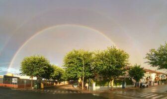 Avenida de los Deportistas con Arco Iris